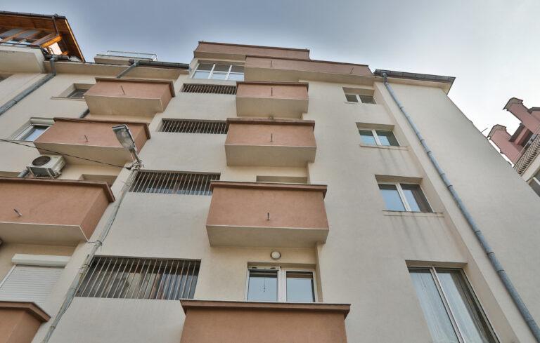 Тристаен апартамент Редута 21